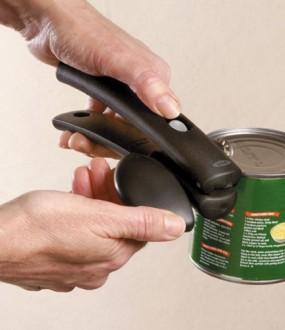 Abre-latas com punho